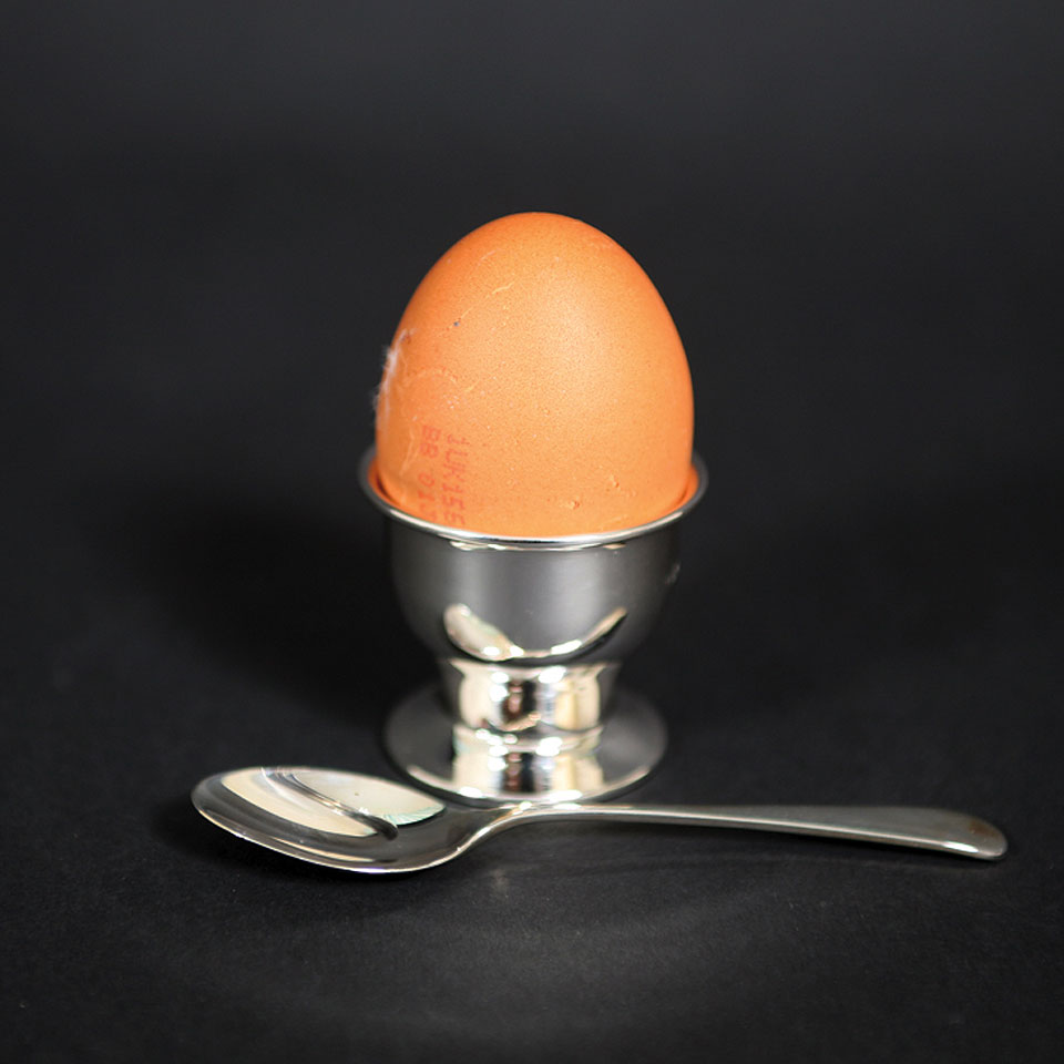 egg cup 1