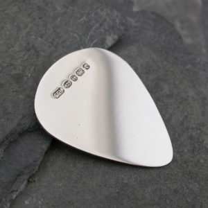 plectrum women