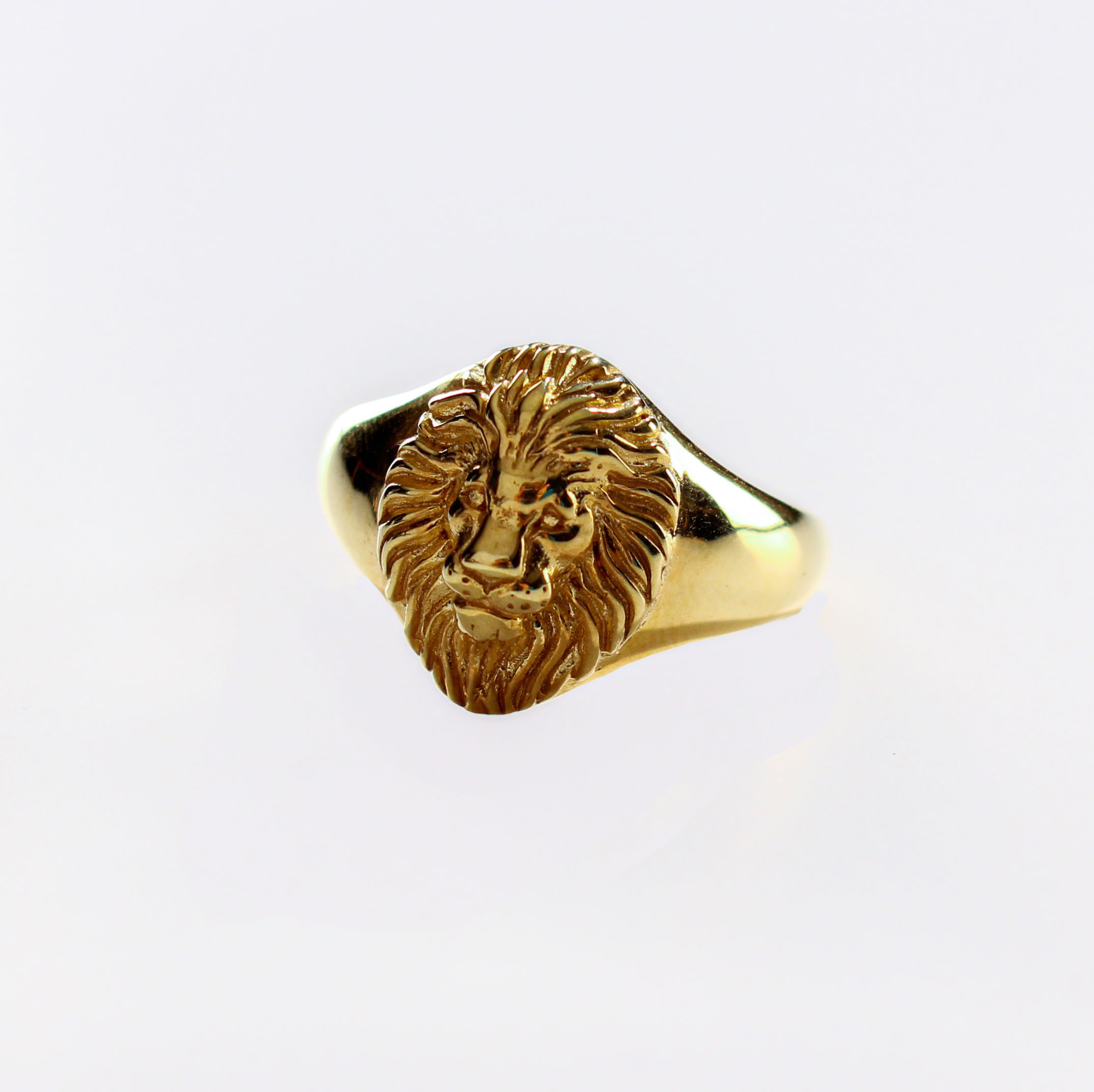 product photo lion ring SQUARE